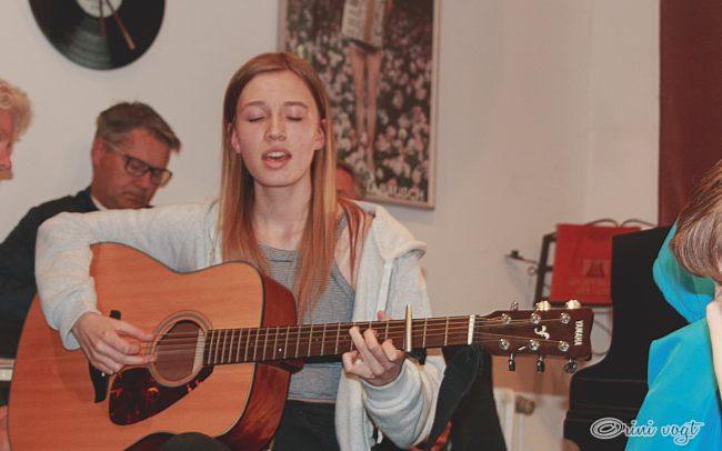Guitarist 3