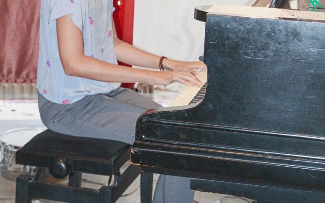 Pianist 6